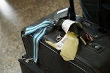 avoid-lost-luggage-vacation-1_1-800x800